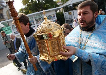 Картинки по запросу В Кронштадт принесены мощи святого праведного воина Феодора Ушакова