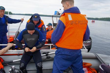 Молодая семья— 4 человека утонули вКрасноярском крае возере Щучьем