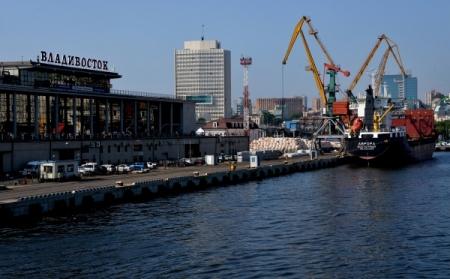 С1июля будущего 2017-ого планируют запустить упрощенный визовый заезд воВладивосток