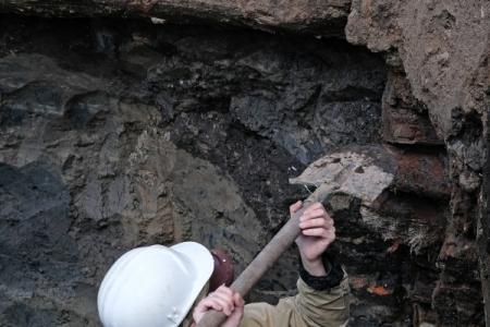 Редкий составной наконечник копья нашли археологи вНовосибирской области