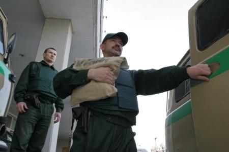 Названа похищенная при нападении наинкассаторов в российской столице сумма