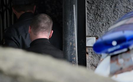 Тело девушки сколото-резаными ранениями обнаружили всквере вцентре столицы
