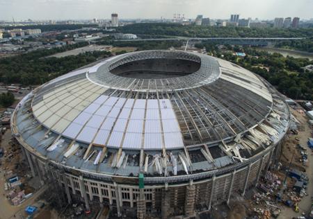 Завершены работы позамене поликарбонатного покрытия кровли стадиона «Лужники»