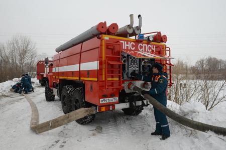 ВХМАО потушили сильный пожар  впромышленном помещении
