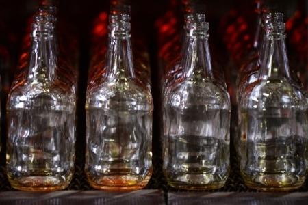 Вгосударстве Украина с1января водка поднялась вцене на 27%, сигареты— на40%