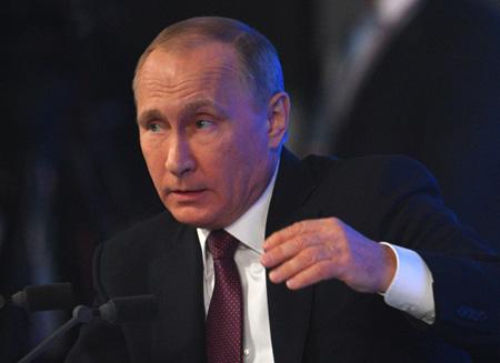 Путин: спекуляции натему крушения польского Ту-154 вСмоленске нужно закончить