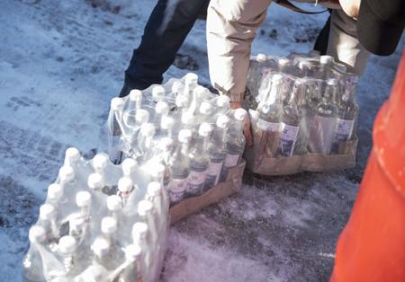 ВЯкутии изъято практически 60 000 бутылок контрафактного алкоголя из столицы