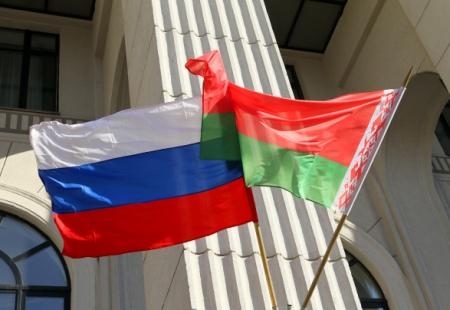 РФ сократит экспорт нефти в Беларусь из-за газового спора