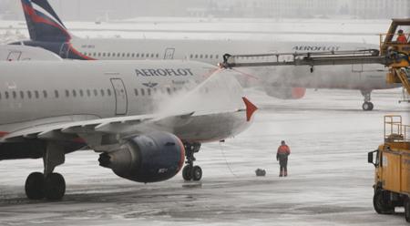 34 рейсов отменены, 11 задержаны ваэропортах Шереметьево иДомодедово из-за непогоды