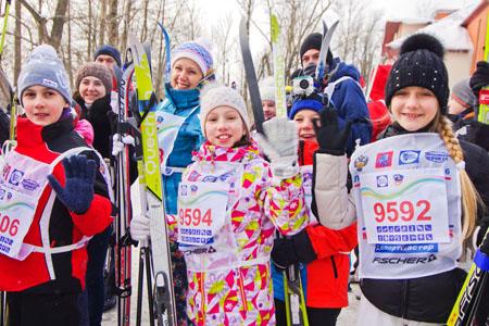 Около 20 тыс. человек приняли участие в«Московской лыжне»