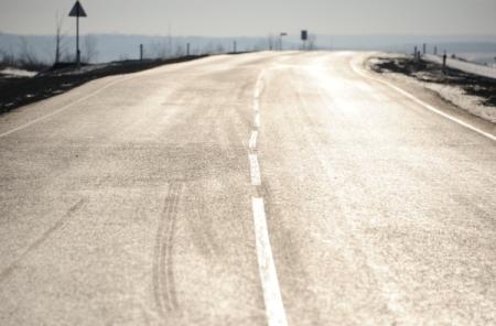 ГрузоперевозчикиРФ определят самые плохие дороги для ремонта засчет средств «Платона»