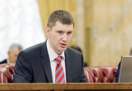 Пермский депутат лишил матерей-одиночек пособий из-за «случайных детей»