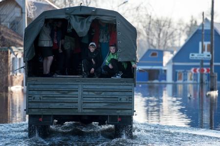 Дорога Ишим-Маслянское-Сладково частично перекрыта из-за паводка