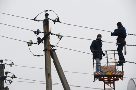 Наюге Петербурга восстановили электроснабжение после трагедии