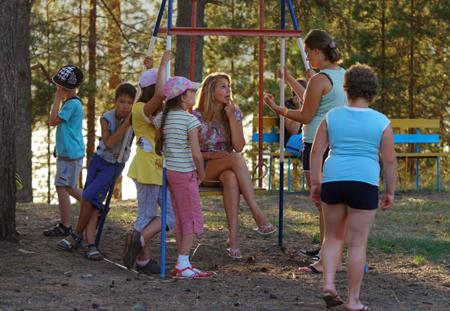 ВШелеховском районе из-за энтеровирусной инфекции был закрыт детский лагерь