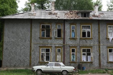 Путин попросил руководителя Удмуртии разобраться сбараками врегионе