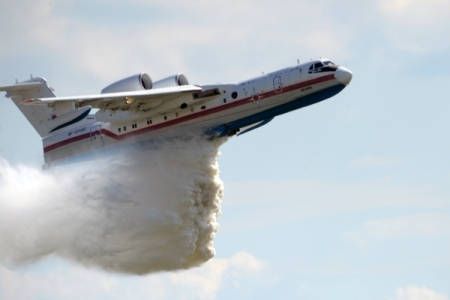 Путин поручил установить причины пожаров вРостове-на-Дону ивВолгоградской области