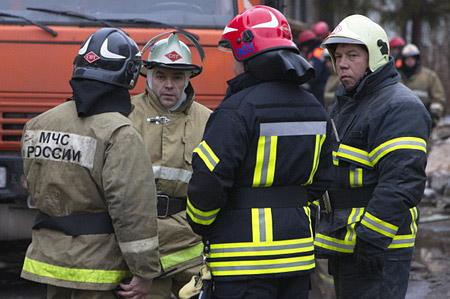 Трое погибли впожаре вжилом доме вКолпашево