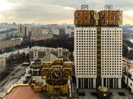 Медведев утвердил пятерку претендентов напост президента РАН