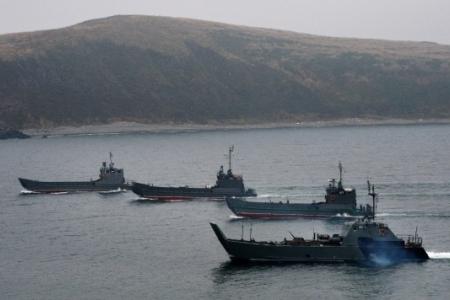 Корабли ВМС НОАК направились воВладивосток для участия вроссийско-китайских учениях