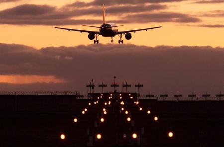 Закончилась реконструкция взлетно-посадочной полосы аэропорта «Алыкель»