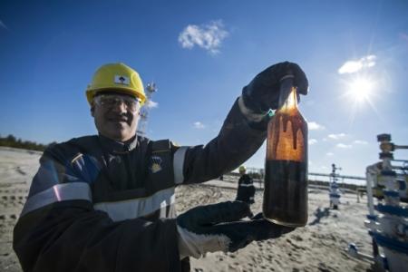 Путин считает справедливой цену нефти неменее 50 долларов забаррель