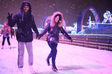 Около 1,3 тысячи катков с очевидным льдом появится в столице России