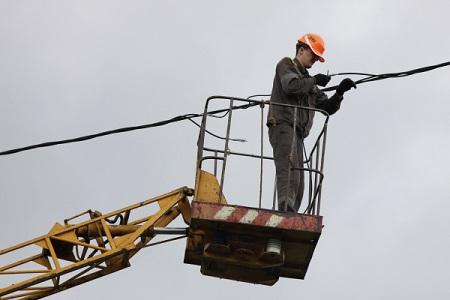 ВДагестане из-за снегопада 12 тыс.  человек остались без электричества