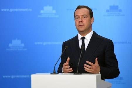 Руководство уже сейчас должно прорабатывать задачи, поставленные президентом впослании, считает Медведев