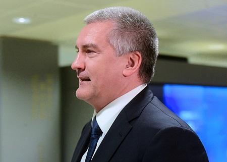 Руководитель Крыма проголосовал напервых врегионе выборах лидераРФ