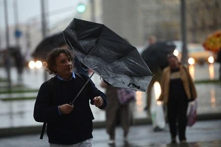 В столице на26марта объявили жёлтый уровень опасности из-за сильного ветра