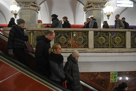 Вестибюль станции метро «Смоленская» возобновил режим работы