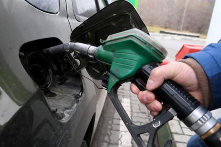 На60 копеек увеличились цены навсе марки бензина назаправках «Башнефти»