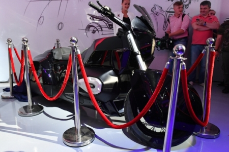 Руководитель «Ростеха» поведал про мотоцикл проекта «Кортеж»