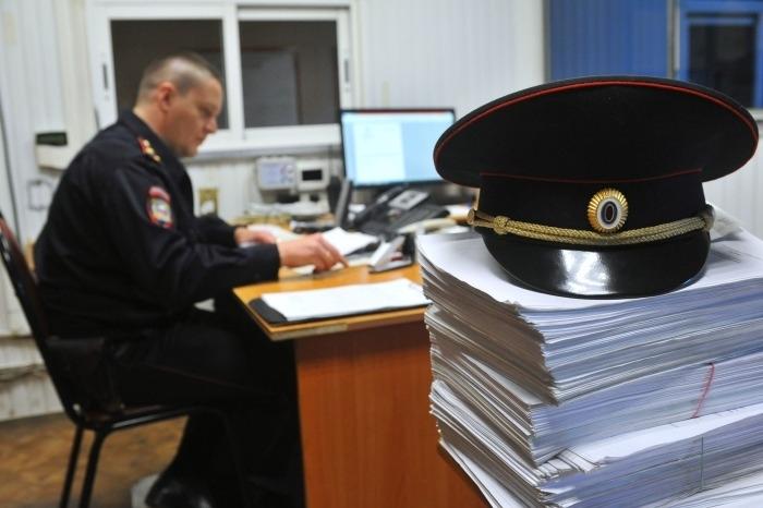 СКР возбудил уголовные дела о взятках в Минпромторге Приморья