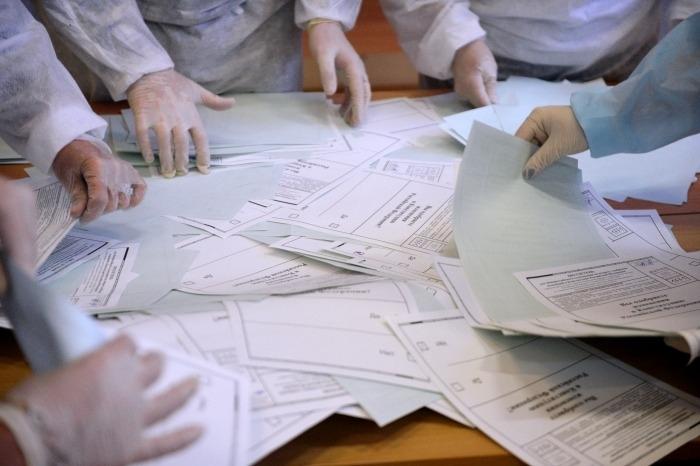 Подсчет голосов начался на Камчатке, где выбирают губернатора