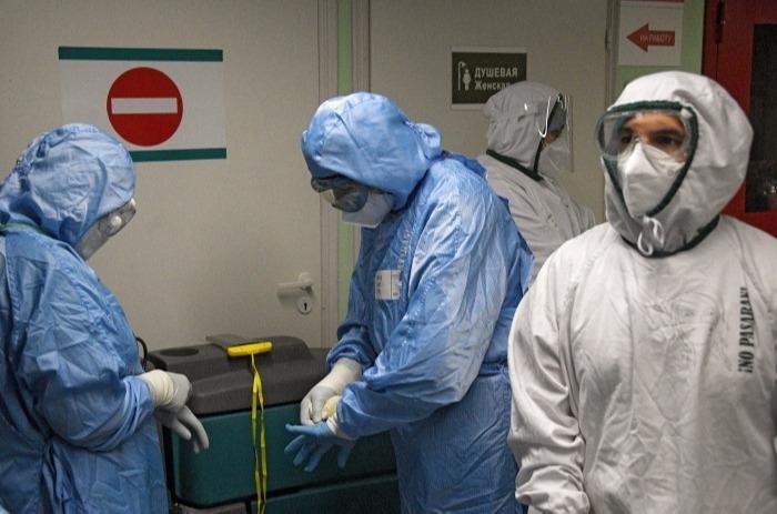 Врачи из других регионов приедут работать в COVID-госпитали Магаданской области