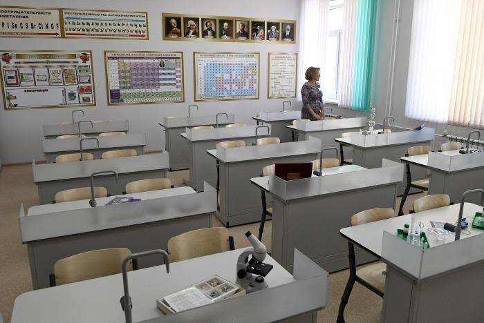 Школы Бурятии вернутся к очному обучению с 1 декабря